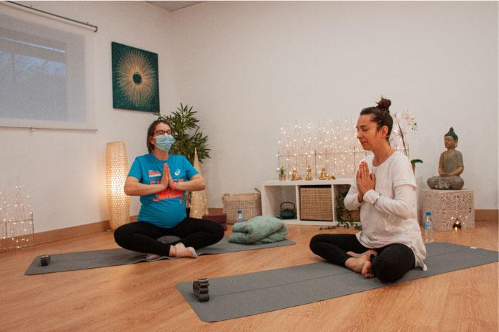 Curso-yoga-embarazadas-gratis